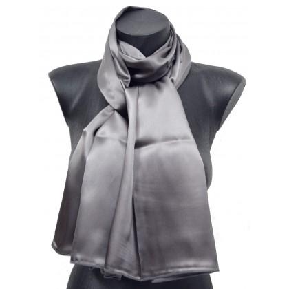Echarpe en soie grise