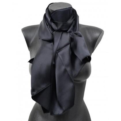 2d977e9645f3 Echarpe en soie noire