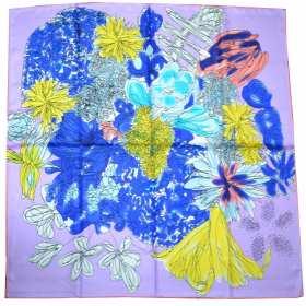 Carré en soie mauve à grandes fleurs