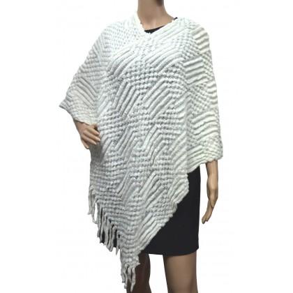 Poncho tricoté écru