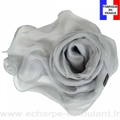 b5c53ac67ef Foulard soie gris bords ondulés fabriqué en France