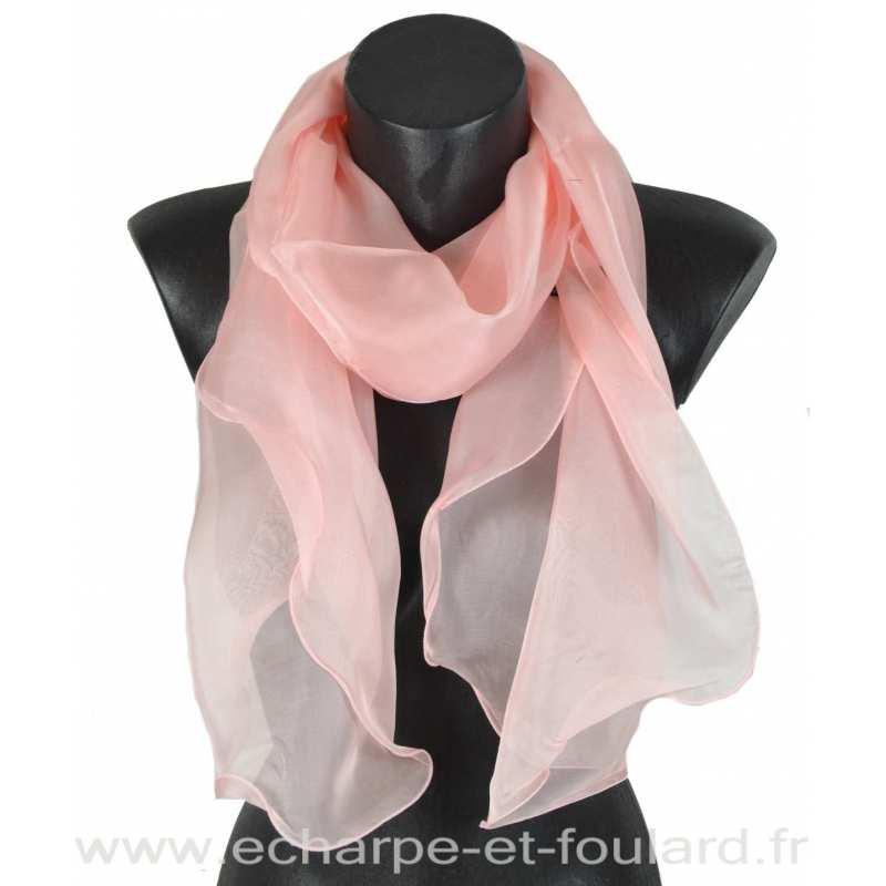 b95605c8f882 Foulard soie rose clair bords ondulés fabriqué en France