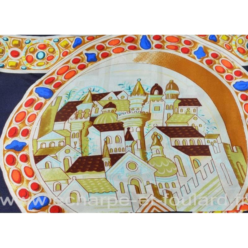 Grand carré de soie bleu, romain à cheval d90c3bf5e56
