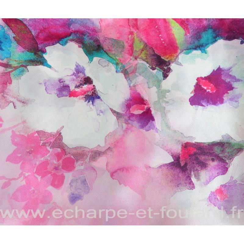 Grand carré de soie fleurs fondues rose