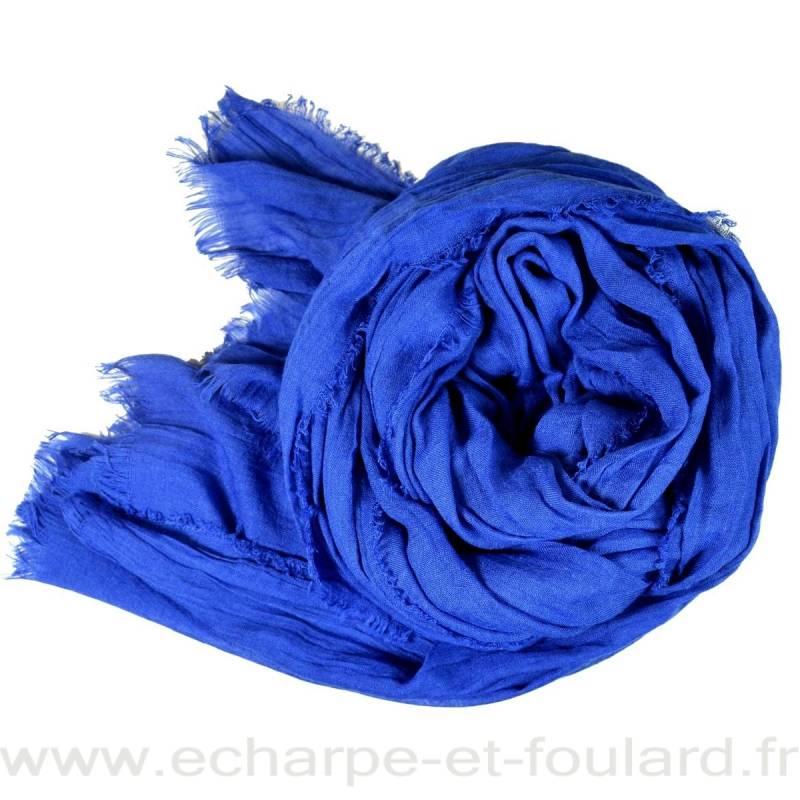 Grand cheche bleu electrique