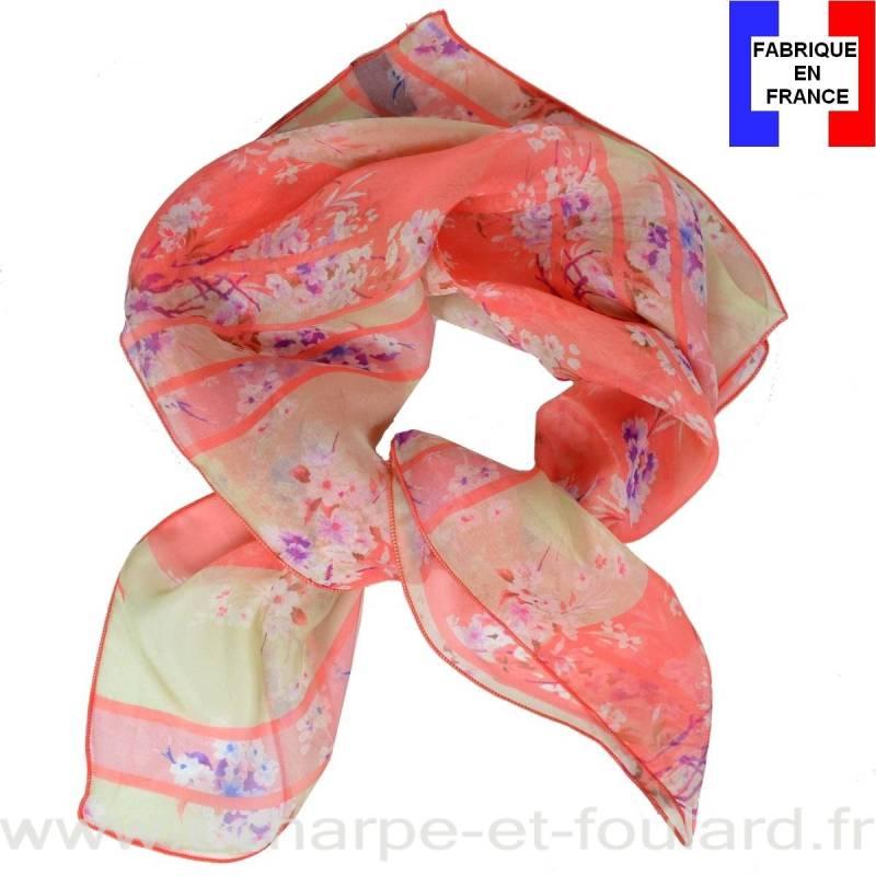 Carré de soie rose petites fleurs fabriqué en France