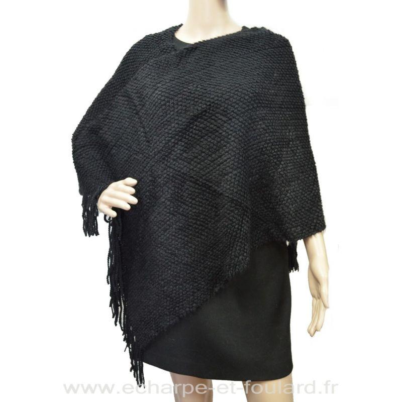 Poncho tricot à franges noir