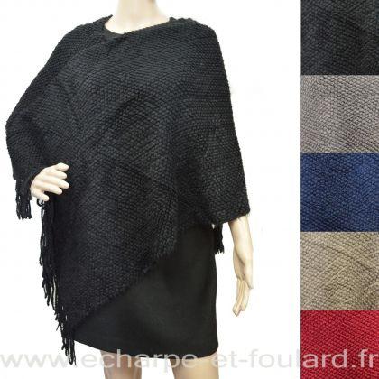 Poncho tricot à franges