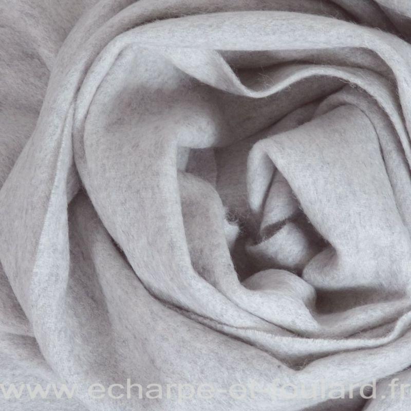 Echarpe en 100% cachemire gris clair