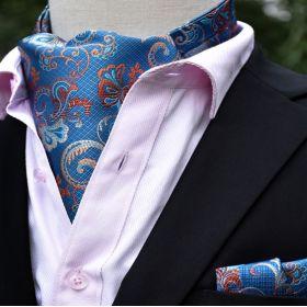 Foulard ascot et pochette bleu à fleurs