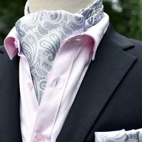 Foulard ascot et pochette gris perle