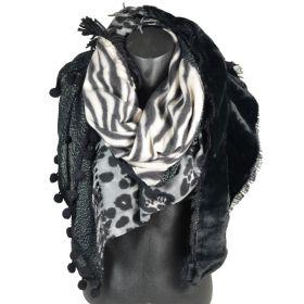 Chale carré patchwork zèbre et léopard noir