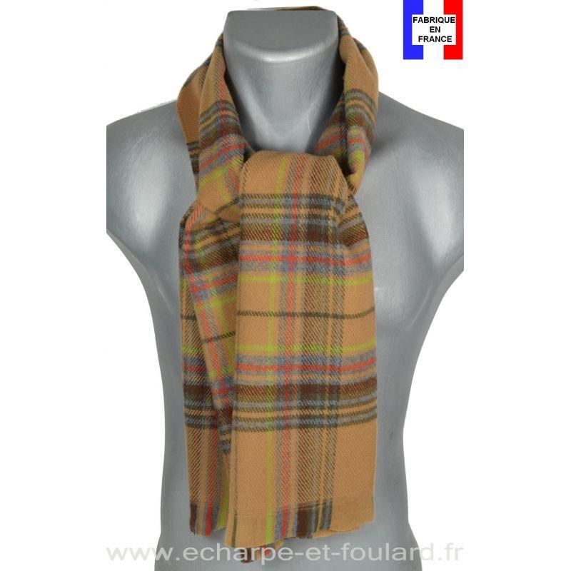 Echarpe écossaise marron