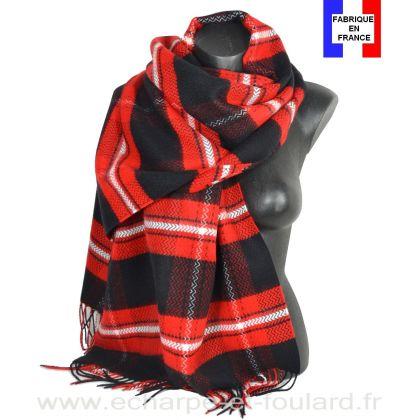 Châle écossais noir et rouge