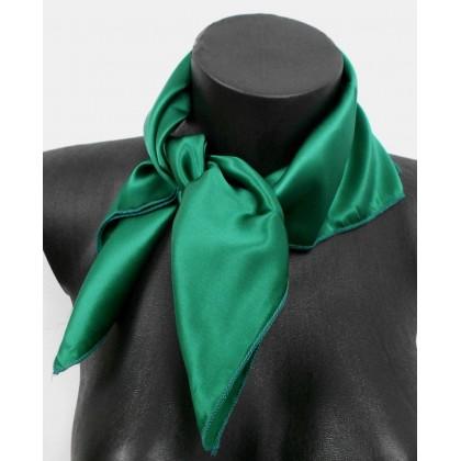 Carré en soie vert - Qualité Sup. 9fa6d5338c4
