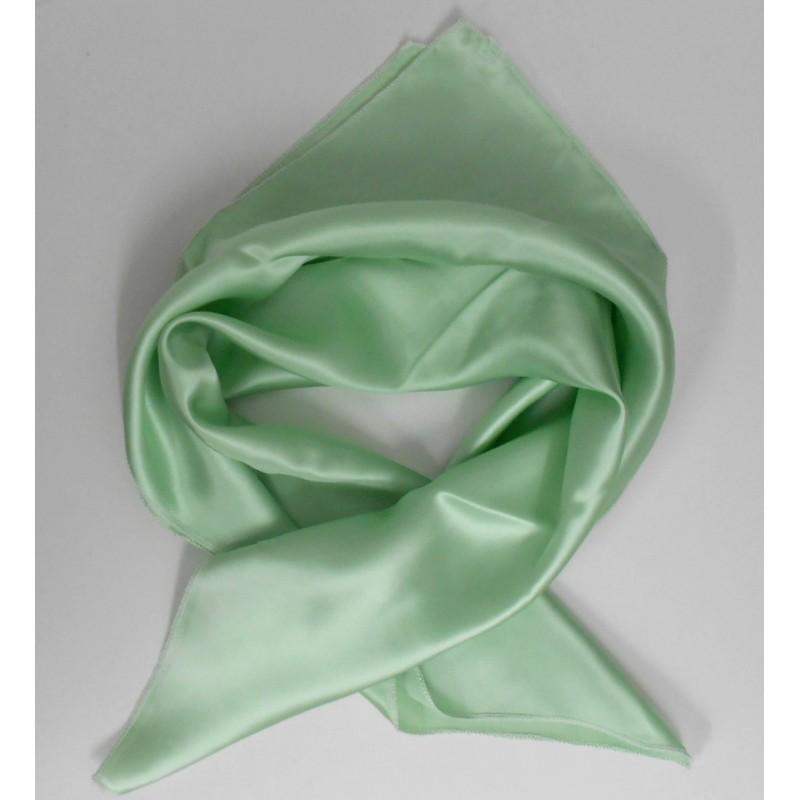 Carré en soie vert anis - Qualité Sup.