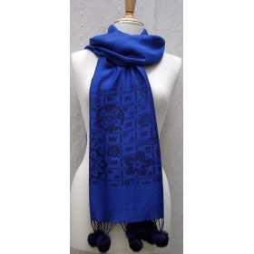 Echarpe pashmina bleue avec pompons en lapin